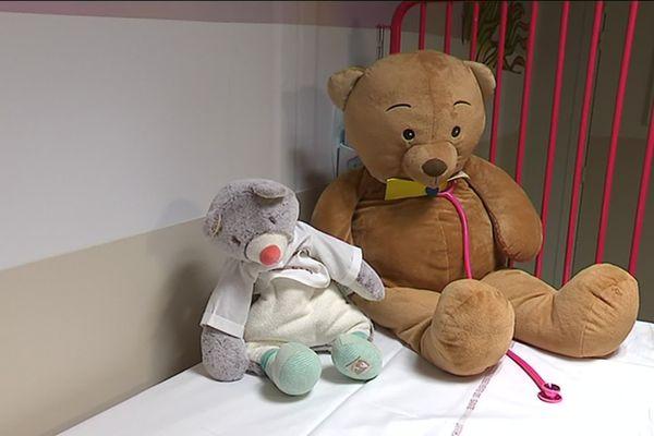 Des dizaines doudous et de jouets pour les enfants hospitalisés ont été récoltés grâce à un papa instagrameur à Montpellier