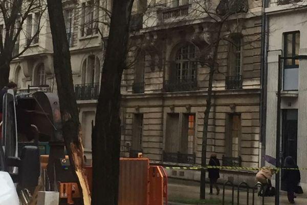 Des branches cassées ont perturbé la circulation des trams en centre ville de Dijon
