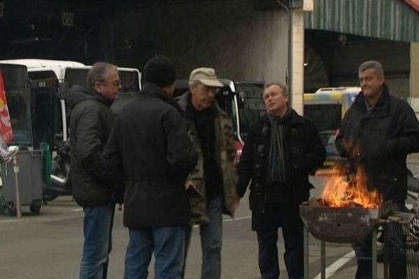 Piquet de grève au dépôt de bus de La Capelette à Marseille