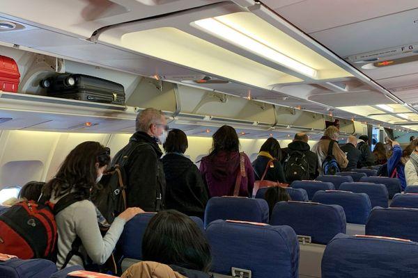 31/01/20 Arrivée du premier vol des ressortissants français rapatriés de Wuhan, Chine