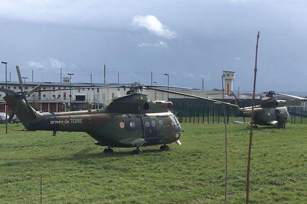 La sous-direction de l'antiterrorisme (Sdat) coordonne les investigations, menées avec la Direction générale de la sécurité intérieure (DGSI) et la direction interrégionale de la police judiciaire de Rennes