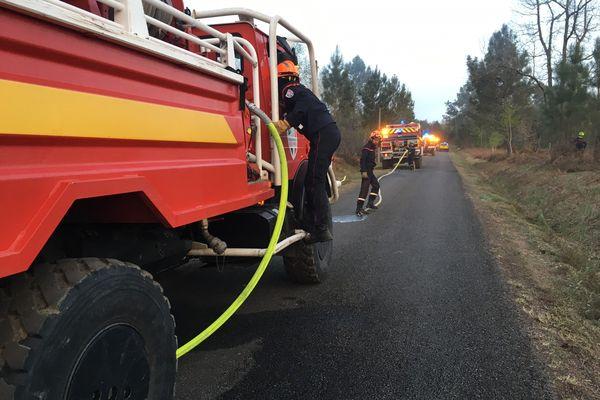 Les pompiers en intervention à Cercoux (17), le 8 avril 2021.
