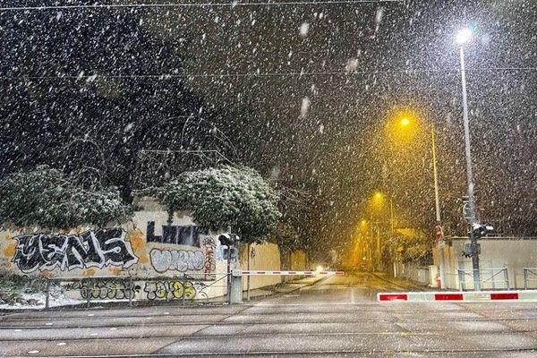La neige comme on ne l'avait plus vue au cœur de Lyon depuis longtemps. Rue Feuillat Lyon3