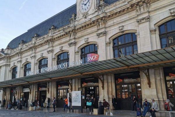 Dernier jour avant le confinement, à la gare de Bordeaux ce jeudi 29 octobre.