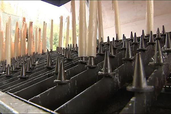 Les nouveaux bougeoirs installés dans les sanctuaires de Lourdes sèment la zizanie