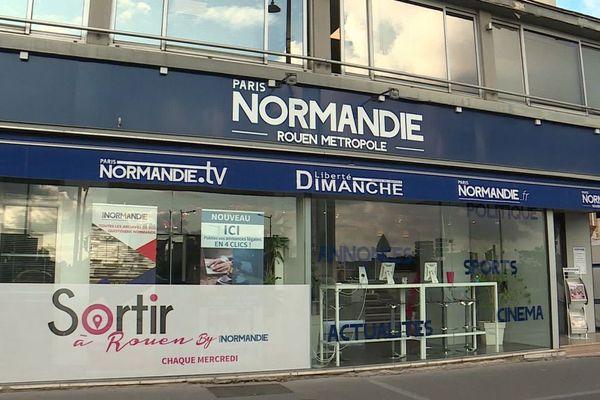 La devanture de l'agence locale de Rouen du quotidien régional Paris-Normandie.
