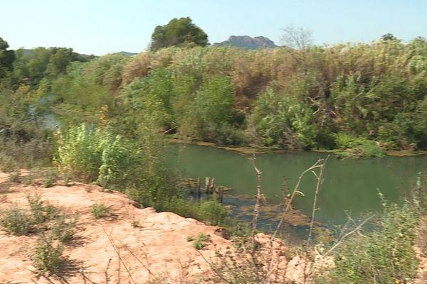 l'Argens, un fleuve côtier qui déborde avec les épisodes méditerranéens.