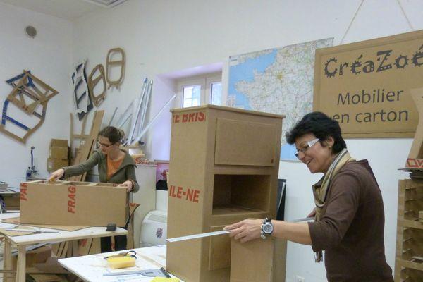 les meubles en cartons sont résistants contrairement à ce qu'on pourrait croire