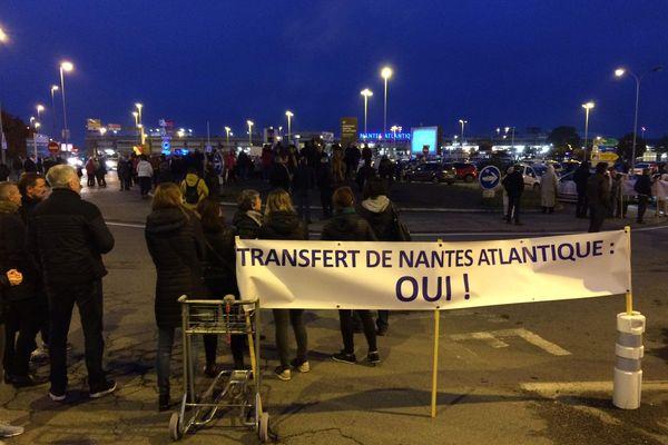La dernière manifestation des opposants avait réuni 200 personnes aux abords de l'aéroport de Nantes-Atlantique.