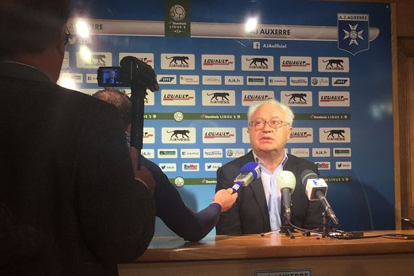 Le président de l'AJ Auxerre a fait le point sur le départ de Viorel Moldovan et sur l'arrivée du nouvel entraineur Cédric Daury.
