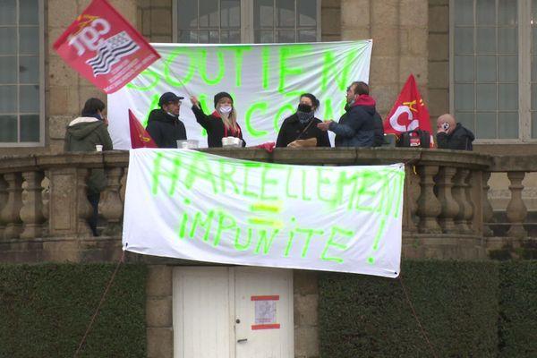 Comité de soutien au policier municipal en grève de la faim, au Palais Saint-Georges, à Rennes le 21 janvier 2021