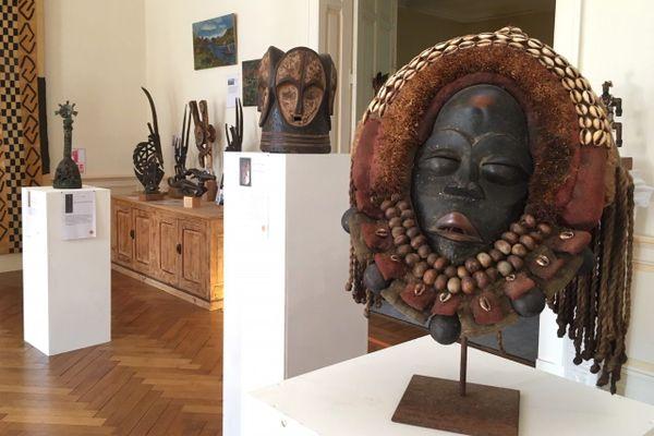 """L'exposition """"Art premier, balade des mondes"""" est à découvrir à la sous-préfecture de Nérac en Lot-et-Garonne jusqu'au 15 septembre."""