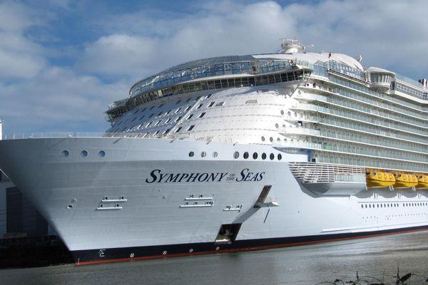 Le paquebot Symphony of the Seas aux chantiers STX de Saint-Nazaire en février 2018