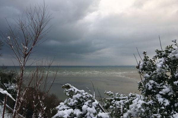 Neige sur la baie de Saint Brieuc