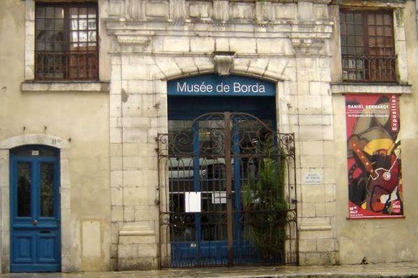 Le Musée de Borda occupe actuellement l'ancien cabinet de curiosités de Jacques-François Borda d'Oro