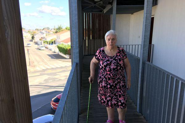 Marie-Thérèse Fraquet est handicapée. Elle habite au deuxième étage de cet immeuble qui est sans ascenseur depuis 19 mois.
