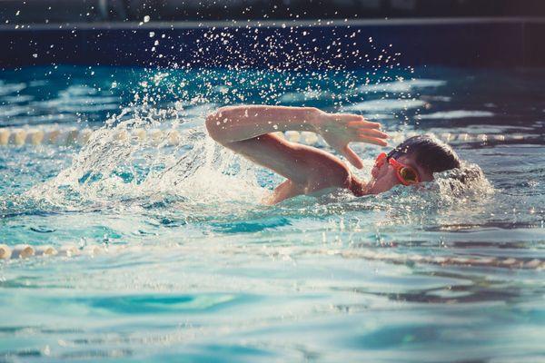 Les activités sportives extrascolaires en intérieur reprennent pour les enfants à partir du 15 décembre 2020.