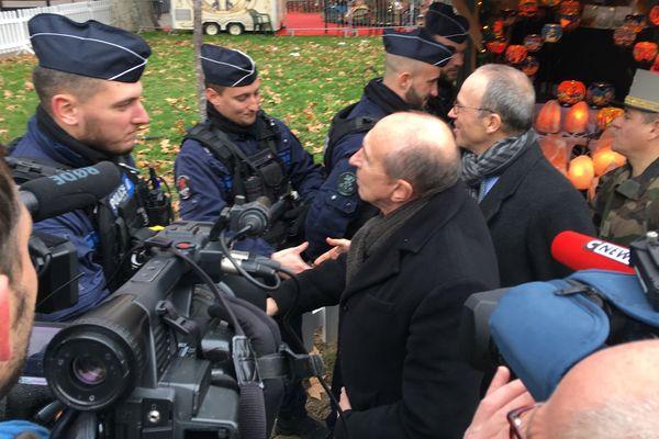 6 policiers et 16 militaires seront déployés en permanence place Carnot