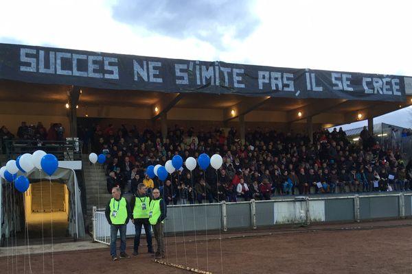A sablé-sur-Sarthe, les supporters ont répondu présents, fins prêts à accueillir Pau.