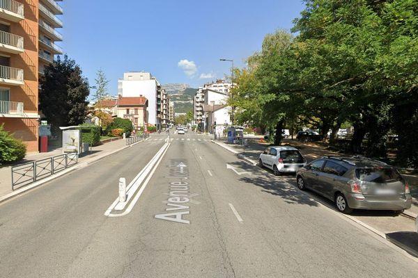 L'accident s'est produit au 29 avenue Jean Perrot à Grenoble.