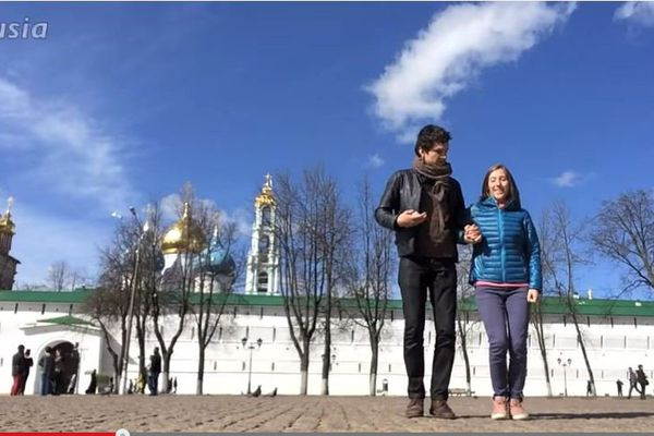 Kaelig esquisse des pas de danse bretonne en Russie