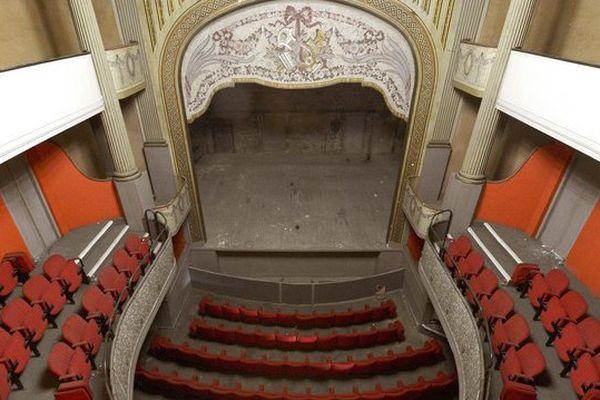 Construit en 1837, ce théâtre à l'italienne a fermé ses portes en 1983.