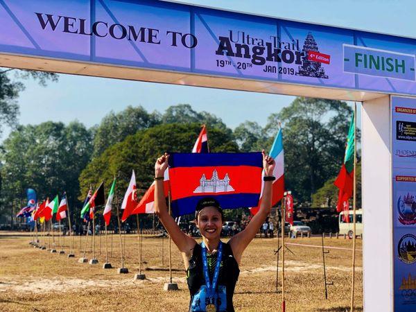 Janvier 2019. Laurie Phaï remporte à nouveau l'épreuve des 32 kms du Jungle Trail d'Angkor au Cambodge en 2h44'38''.