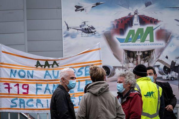 Le 6 Octobre des salariés avaient manifesté devant le site AAA-Toulouse à Colomiers pour protester contre le projet de supprimer 719 emplois.