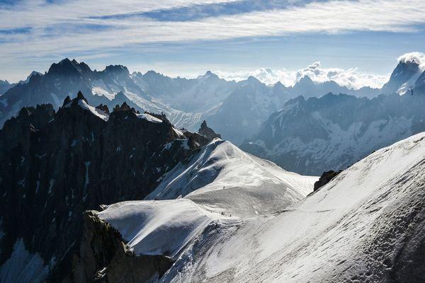 Le randonneur serait tombé d'une hauteur de 300 mètres lors de son ascencion du Mont-Blanc