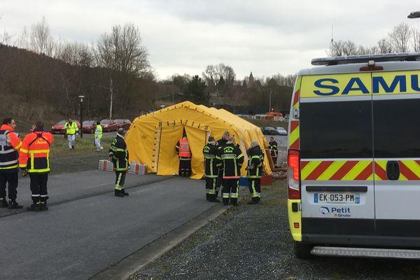 Au total, 315 personnes ont participé à cet exercice grandeur nature dont les pompiers, le SAMU, les démineurs et même le GIGN de Reims venu en renfort.