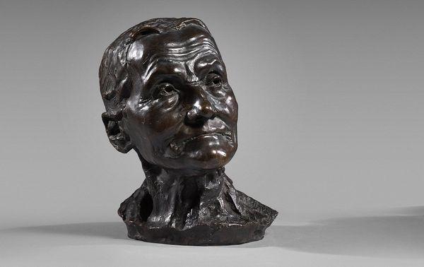 """""""La Vieille Hélène"""", aussi appelée """"Buste de Vieille Femme"""" ou """"Vieille Femme"""" a été vendue à 130 000 € frais inclus."""