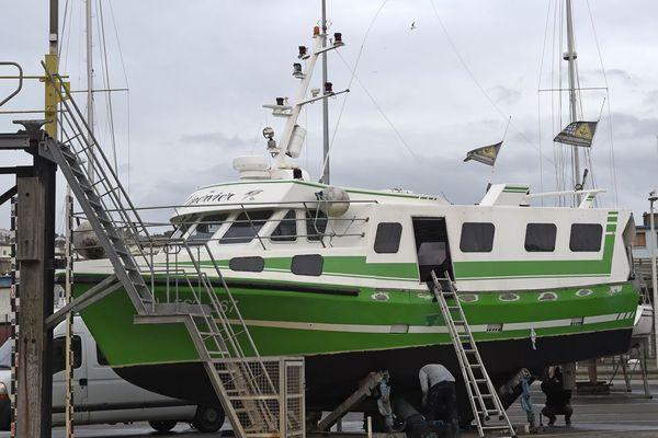 L'Epervier, un des bateaux volés pour traverser la Manche