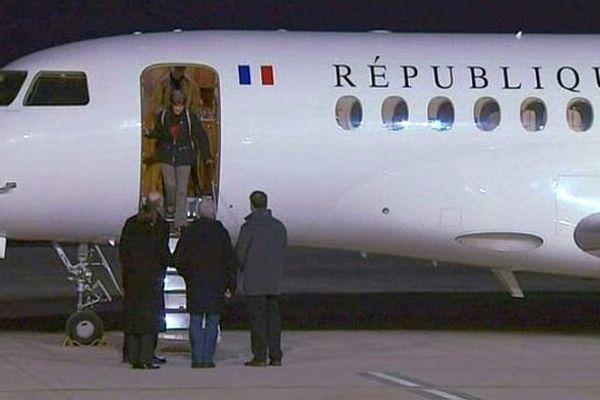 La Bourguignonne Claudia Priest, qui avait été enlevée pendant cinq jours en Centrafrique, est rentrée en France dimanche 25 janvier 2015.