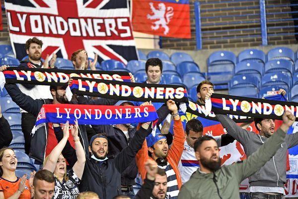 """En seconde période Lyon """"a bien joué, vraiment"""", juge Peter Bosz, l'entraîneur de l'OL."""