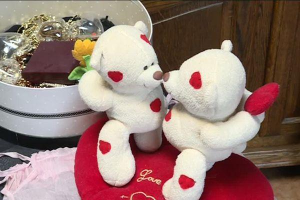 La vente spéciale St-Valentin à l'Emmaüs de St-Agnant aura lieu le samedi 9 février 2019.