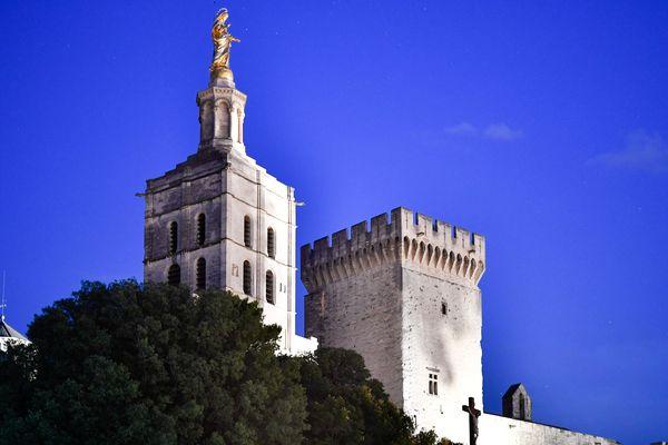 Le Palais des Papes à Avignon, un des édifices géré par la société Avignon Tourisme.