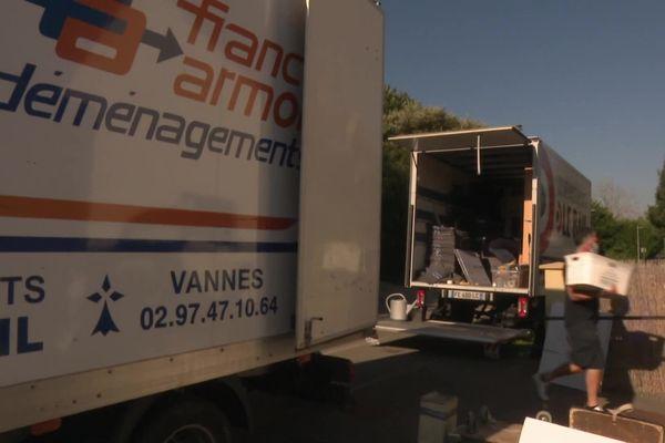 Les déménageurs sont bien occupés depuis la fin du premier confinement. Beaucoup de nouveaux habitants ayant décidé de s'installer en Bretagne suite à la crise sanitaire.