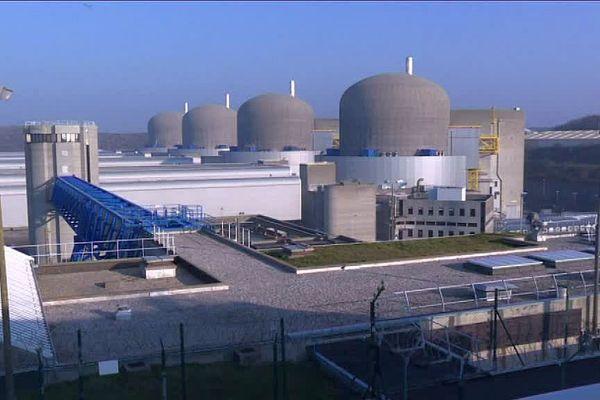 La centrale nucléaire EDF de Paluel (Seine-Maritime) - Archives