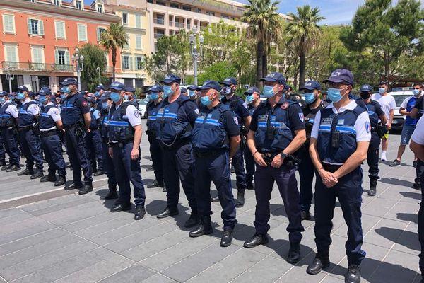 Une quarantaine d'agents niçois défilerontaux côtés des militaires sur les Champs-Elysée à Paris, lors de la fête nationale le 14 juillet.