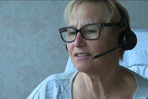 Une bénévole de SOS Amitié à Besançon