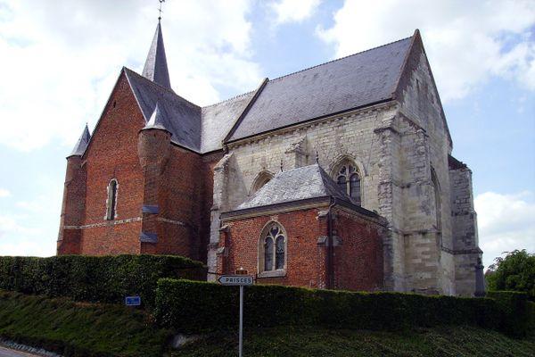 L'église fortifiée de Burelles, dans l'Aisne
