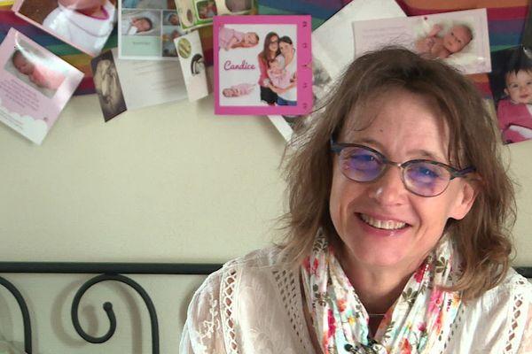 """Véronique Rougerie fait un cours spécial de préparation à l'accouchement sur : """"quand partir à la maternité ?"""""""
