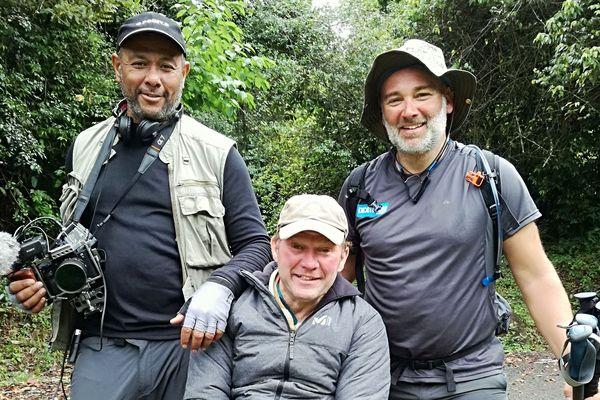 Yann Jondot entouré de Gérard Maximin et Arnaud Chassery