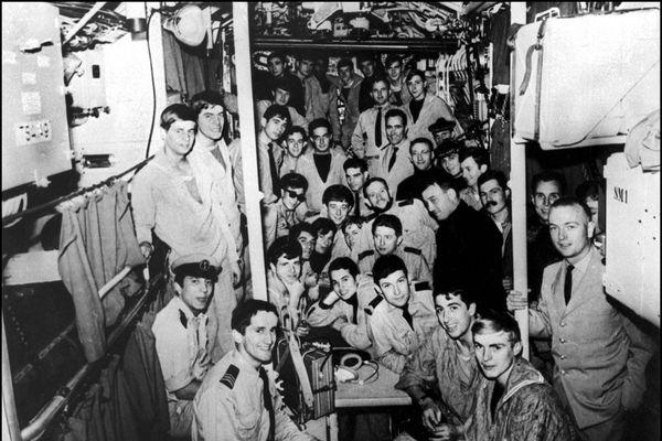 Equipage à bord de La Minerve. Le sous-marin a sombré le 27 janvier 1968 au large de Toulon.