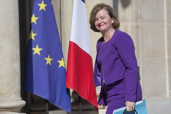 Nathalie Loiseau, ministre chargée des Affaires européennes, à la sortie du conseil des ministres sur le perron de l'Élysée. Paris, 28 juin 2017.