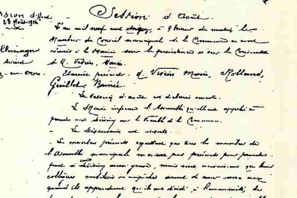 La délibération du 23 août 1916 signée par le maire d'Allemagne stipule que la commune prendra le nom de Fleury-sur-Orne.