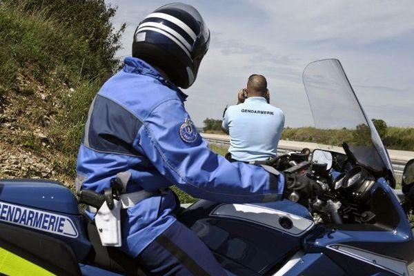 Contrôles routiers de la gendarmerie. Archives août 2011.