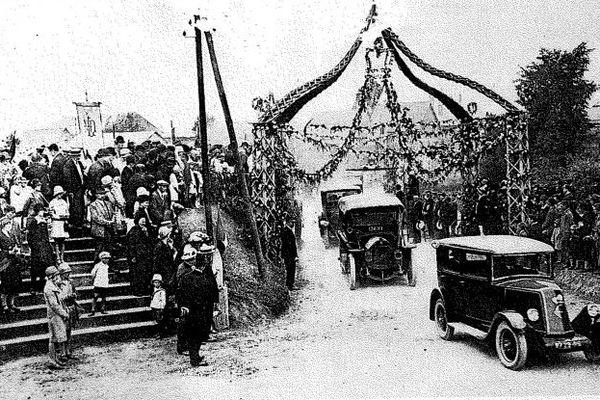 La bénédiction des automobiles de Villers-Saint-Christophe, durant sa période fastes (années 1920).