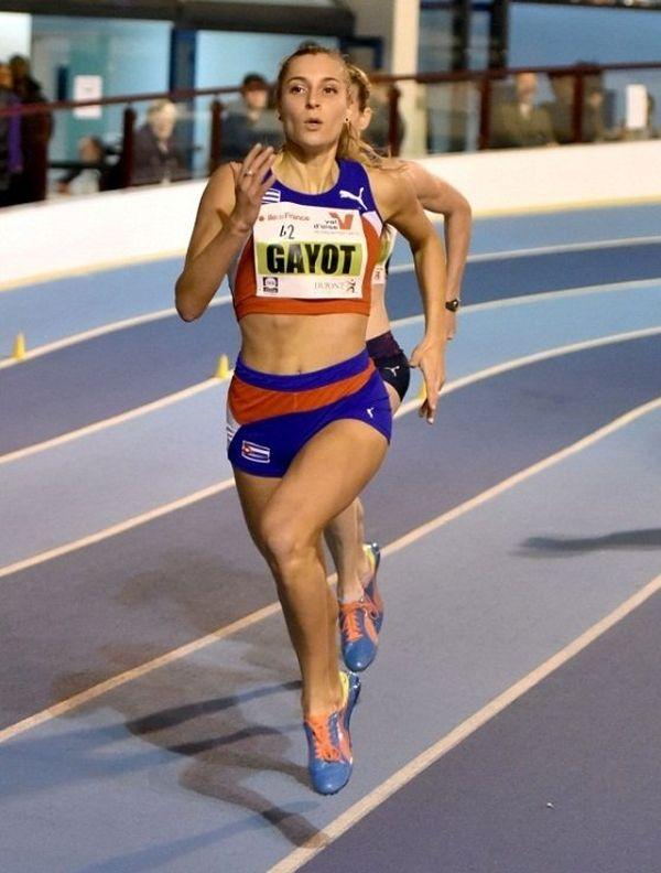 Marie Gayot lors de son 400m à Eaubonne, mardi 10 février 2015.