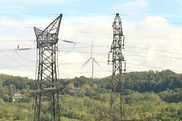 Rhône-Alpes ne compte à ce jour qu'une centaine de mâts. Ils n'assurent que l'équivalent de 2% de l'énergie domestique.